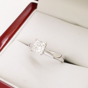 Sydney Gay Friendly jeweller, Engagement Rings Sydney, Modern VS1 / G Princess Cut Diamond Solitaire with GIA Certificate