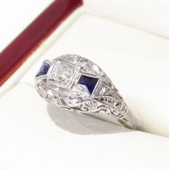 Antique white gold, Diamond and Sapphire engagement ring