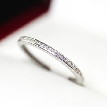 Spectacular Art Deco Diamond full eternity ring, wedding band, with Old cushion cut Diamonds