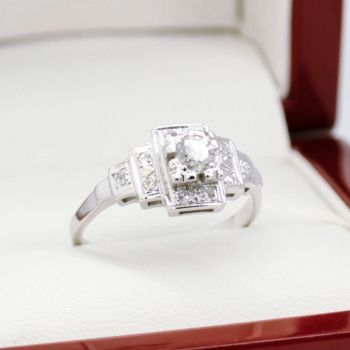 Estate Jewellery Sydney, Antique Engagement Ring, Diamond Engagement Ring, Same Sex Wedding Jewellery, Antique Jewellery Sydney, Vintage Engagement Ring, Sydney Vintage and Antique Jewellery,
