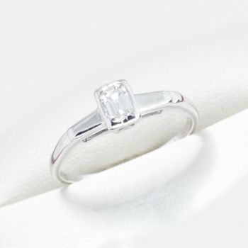 Vintage Emerald Cut Diamond Engagement ring, same sex wedding, lesbian engagement rings, gay wedding bands, antique and estate jewellery sydney