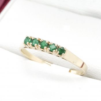 Vintage Emerald Eternity ring with 5 Emeralds in a row in Yellow Gold