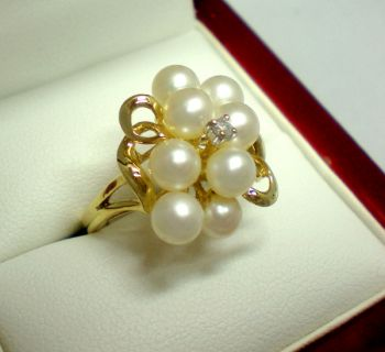 Lovely 1950's Pearl and Diamond Cocktail ring. Very Jackie O' and Mad Men