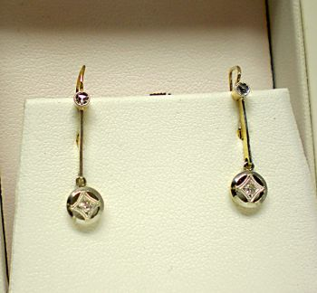 Victorian 18ct two tone Rose cut Diamond Drop stud earrings