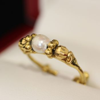 Vintage rings online