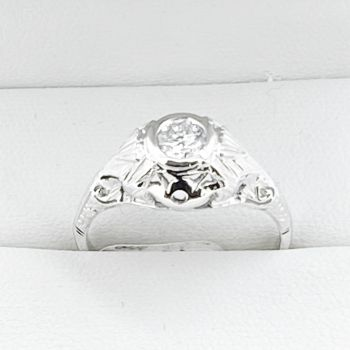 Same sex wedding rings, Sydney Vintage Jewellery, Gay marriage, Lesbian engagement ring, Vintage Filigree Diamond and Sapphire Ring in 18ct White Gold, Art Deco Jewellery in Sydney