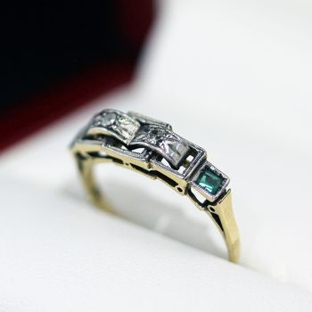 Art Deco ring with Lovely Diamonds and early lab Emeralds, antique ring
