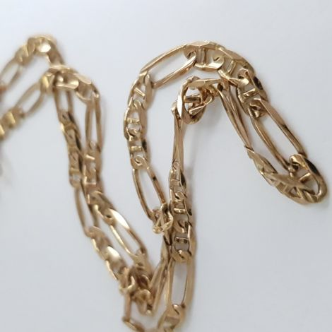 Classic vintage 9ct yellow gold birdseye link chain with parrot clasp.