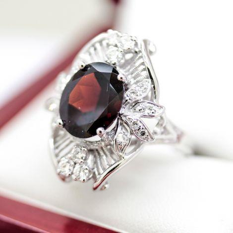 Garnet diamond ring for women, women ring for engagement, Gay friendly jewellers Sydney, Lesbian engagement, Same sex wedding jewellery, ring for women, diamond ring for women,