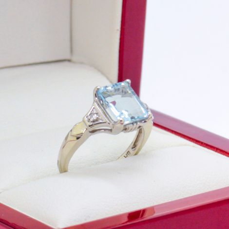 , Sydney Antique Jewellrey, Vintage Aquamarine Dress Ring or Vintage Engagement Ring, Aquamarine Jewellrey, Double Bay Antique Jewellrey, Antique Aquamarine Ring, Art Deco Aquamarine, Sydney Vintage Jewellery, Rozelle Antique Jewellrey,