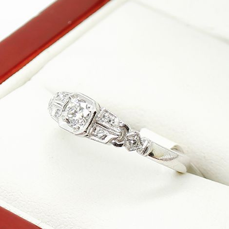 Antique Engagement Ring in 18ct White Gold,  Art Deco Engagement Ring, Very Pretty