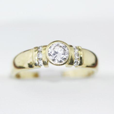 18ct Diamond wedding band, engagement ring